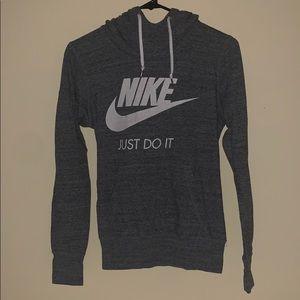 Nike long sleeve hooded shirt